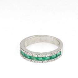 Sortija Oro Blanco con Diamantes 0.27 ct y Esmeraldas talla baguete 0,63ct en carril. TA1580.
